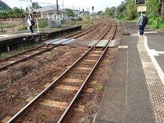 そろそろ電車の時間なので駅に戻ります。 青島駅は無人駅です。電車に乗る時に整理券を取らないと行けません。 宮崎駅まで行く人は宮崎駅で支払いをします。