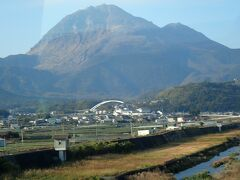 「雲仙普賢岳」「昭和新山」はまだ煙が立ち上っていました。