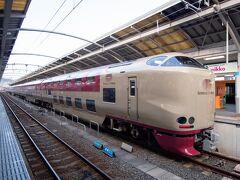 7時27分、高松駅到着。
