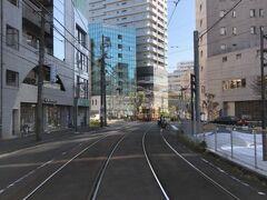 北口にも都電が走ります。JR駅を取り囲むような感じですね