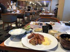 紅葉バスツアー3日目 ホテルでの朝食を済ませ、今日はお隣奈良へ