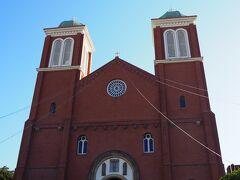 <浦上天主堂> この日は日曜日の午前、信者の方がミサをされています