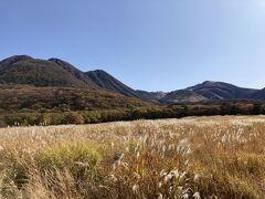 タデ原湿原の向こうに久住連山