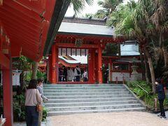 青島神社にお参りしていきましょう。