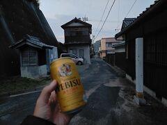 ビールを飲みながら弓削の町をぶらぶら
