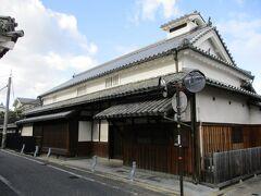 こちらは杉田家の住宅です。  かつては油屋さんだったそうです。  現在も民家として住まわれていて、内部は公開されていません。