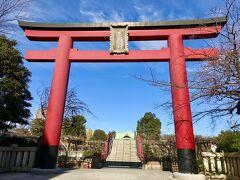 チェックイン後、亀戸天神まで徒歩でお散歩。 20分くらいで到着。 想像より広く立派な神社です!
