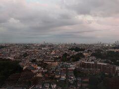 遠くに「ベイブリッジ」と「鶴見つばさ橋」が見える~。