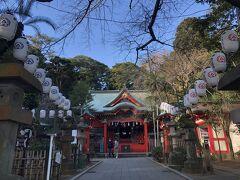 江島神社の3宮のふたつめ、中津宮の本殿。