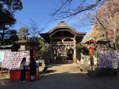 江島神社3宮の三つめ、奥津宮の本殿。