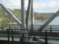 瀬戸大橋を渡り、