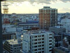 あと、横浜スタジアムも見えます