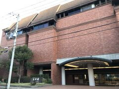 スムーズに8時半頃、大阪市都島区にある太閤園に着きました。