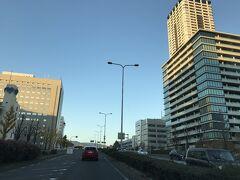 冬晴れの一日、新御堂筋から帰路に着きました。