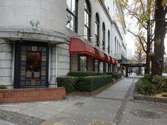 コーヒーハウス ザ・カフェとホテルニューグランド