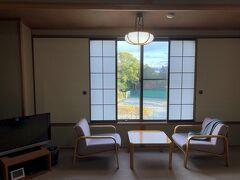 16:00頃、御花にチェックイン。 宿泊者は、すぐ近くの「かんぽの宿柳川」の温泉を利用できると聞いて、まずは温泉に入りました。
