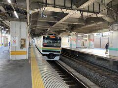池袋から湘南新宿ラインに乗る予定でしたが、トラブルで遅れが生じているとのこと。 埼京線で赤羽に行って1本前の列車に乗ろうと思ったのですが、小山に行く列車がなく、結局当初と同じ列車で行くことになりました。