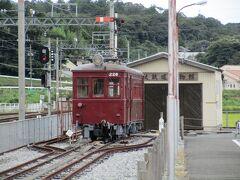 軽便鉄道博物館に保存されている、モニ221形電車226号。 北勢線を開業させた北勢鉄道が1931年に導入、その後三重交通→近鉄と引き継がれ1983年まで活躍していた車輌です。