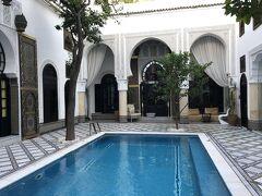 約4時間の車移動でフェズへ。 3日目のホテルLe Riad Madison Bleue ここで2泊します。
