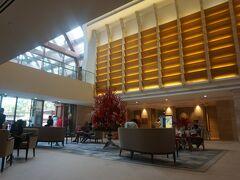 朝早めに「エクアリウスホテル」1階のコンシェルジュデスクで、 コーブウォーターパークのチケットを購入しました。  時間になり 再度コンシェルジュでチケットの確認を行って、入場します。