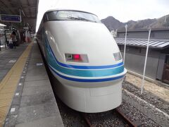 東武鉄道が誇る特急.スペーシア100系ですよ。 平成2年デビューから30年が経過していますが、フラッグトレインとしての地位はしっかりと保たれています。