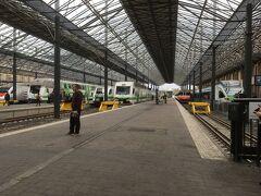 中央駅の様子。ヨーロッパらしく広々してますね!