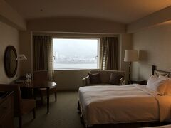 長良川ビューの室内。 広くて快適でした。