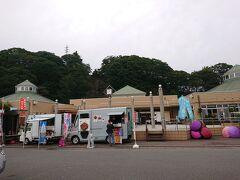 お昼は道の駅「みなかみ水紀行館」へやってきました。沼田市の道の駅「白沢」に行くつもりでしたが、すごい人でしたのでお宿がある水上まで行くことにしました。