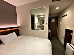 今回は次の日、朝早く、朝食を食べる時間が無いので 駅から近い、西鉄ホテルクルーム博多に。 博多に来たら、ここかドーミーインかというぐらい安心して泊まれるホテルです。