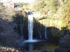 白糸の滝の近くの音止の滝