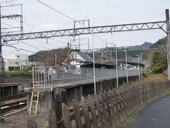 ●近鉄 吉野神宮駅  駅のすぐそばを通って、吉野の街を歩いてみようと思います。