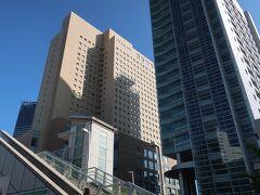 今日のランチは「横浜桜木町ワシントンホテル」に入っているレストラン!。