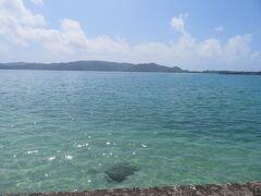 いよいよホテルを出発。 クレータービーチの青い海ともこれでお別れ。