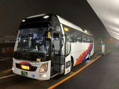 シムジンバス始発便のお客さんは数名のみでした。