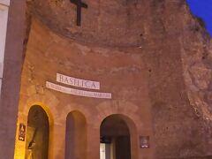サンタ・マリア・デッリ・アンジェリ教会。  テルミニ駅からも近いところです。  この場所は古代ローマの浴場があったところです。