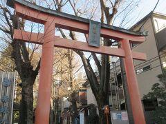 赤城神社にお参りです。
