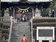 町田駅近くの鹿島神社で休憩です。人が少なく静かでした。