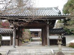 お隣にある青柳寺にも。