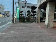 川南駅のホテルに到着。宮崎から約一時間。 残念ながら3月に倒産