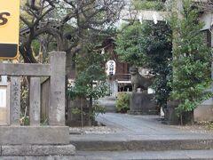 関口フランスパンから音羽通りを超えて音羽今宮神社