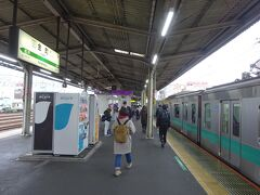 電車は綾瀬駅から常磐線に入る。 2つめの金町駅で下車。都内最後の駅でもある。
