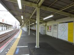柴又駅の上り(高砂方面)ホーム。
