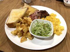 ここでは北米スタイルのモーニングとブランチがいただけます。  朝から美味しい朝食を食べられて大満足でした~。