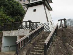 11:04 「石川島の灯台」の下はトイレになっています