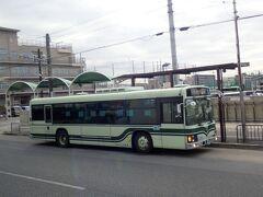 昔から変わっていない京都の市バス。  学生時代を思い出します。  懐かしかったです。