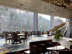 今回は秋保グランドホテルに宿泊します。  楽天からの予約ひとり7,530円でした。