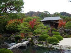 連れは旅行前は庭園だけだと思っていたけど(私より写真撮ってたし)「何で行くの?」「日本画も凄いんだよー」ってやっと理解したみたい。私も魯山人はあまり興味がないけど(すみません…)美術館の中は撮影できないので是非見に行ってください。