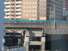 11月8日午前8時。 ANAホリデイイン仙台の新幹線ビューのお部屋から。