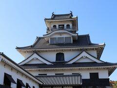 長浜城 ここは長浜城歴史博物館なのね。