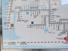 バスロータリーのバス路線案内板、30番舘山寺行きで間違い有りません。1時間に2本の間隔のようです。